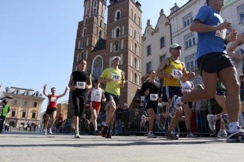 25.04.2010 KRAKOW , IX CRACOVIA MARATON . FOT. MICHAL LEPECKI / AGENCJA GAZETA